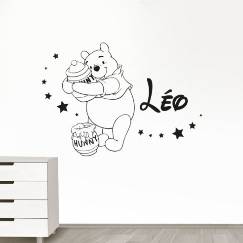 stickers muraux winnie l 39 ourson personnalis sticker winnie pr nom. Black Bedroom Furniture Sets. Home Design Ideas