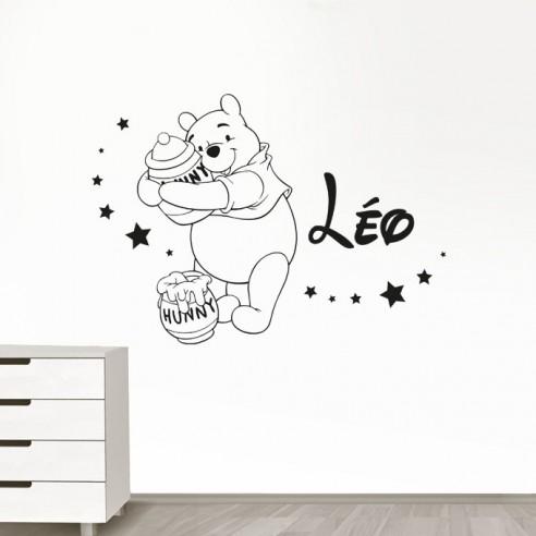 stickers muraux winnie l 39 ourson personnalis sticker winnie pr nom. Black Bedroom Furniture Sets. Home Design Ideas