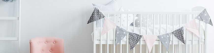 Stickers chambre bébé personnalisés : personnage, nuage, étoile...